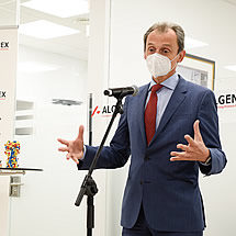 Pedro Duque, Minister of Science and Innovation, speaks at the inauguration of Algenex's facilities in Tres Cantos - October 24, 2020